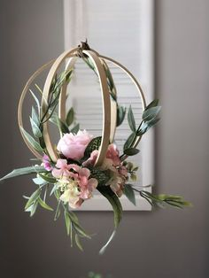 Embroidery hoop peony and greenery hanging wedding decor for weddings. Greenery and minimalism are trendy for 2019 weddings. Put this in your modern wedding decor trends file pinners. Flower Decorations, Wedding Decorations, Wedding Wreaths, Table Decorations, List Of Flowers, Floral Hoops, Deco Floral, Floral Design, Art Floral