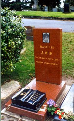 Bruce Lee (1940 - 1973) - Acclaimed Martial Artist, Actor, and Film Director. Balancing martial arts theory and film performance, Bruce Lee remains the most recognized martial artist of the twentieth century. Lake View Cemetery  Seattle King County Washington  USA