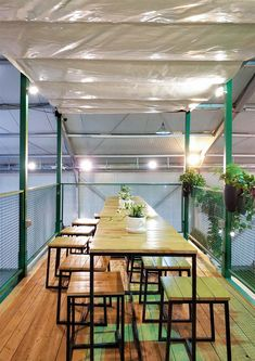 Outdoor Restaurant Design, Decoration Restaurant, Rooftop Restaurant, Container Coffee Shop, Container Cafe, Container Design, Cafe Shop Design, Cafe Interior Design, Coffee Design