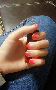 nail tips acrylic Summer Sparkle Nails, Gradient Nails, Glitter Nails, Acrylic Nails, Cute Nails, Pretty Nails, Hair And Nails, My Nails, Gel Nail Designs