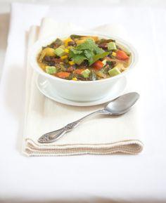 Rainbow Chili from Allyson Kramer of Manifest Vegan good gluten free vegan recipes here Vegan Soups, Vegan Dishes, Vegan Vegetarian, Vegetarian Recipes, Healthy Eating Recipes, Healthy Soup, Raw Food Recipes, Healthy Eats, Vegan Gluten Free