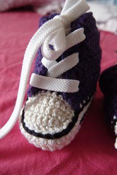 Vauvan lenkkaritossujen ohje Knitting For Kids, Knitwear, Knit Crochet, Baby Shoes, Converse, Crafts, Clothes, Crocheting, Manualidades