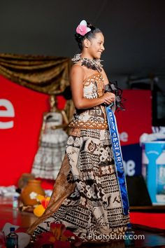 Miss Hibiscus 2012 in Traditional Fijian Dress
