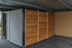 Carport mit Geräteraumabtrennung und Schiebetüre: Klassisch Garage & Schuppen von ESB-Fertiggaragen und Carports