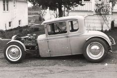 what a great hot rod. Since Donald Trump has been Pres. Time travel is easier , he lifted some of the restriction , as you all know Classic Hot Rod, Classic Cars, Vintage Cars, Antique Cars, Old Hot Rods, Traditional Hot Rod, Kustom Kulture, Pinterest Photos, Funny Tattoos