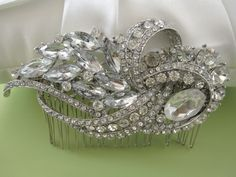 Crystal and rhinestone hair comb.  Beautiful.  Too bad it would never stay in my hair :(
