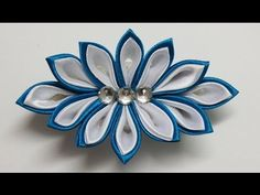 How to make kanzashi flower hairclip,kanzashi tutorial,diy flores de cinta - YouTube