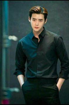 Ohh my my🔥🔥🔥🔥🔥♥♥♥handsome👌😍 Lee Jong suk Lee Joon, Jung So Min, Up10tion Wooshin, Lee Jong Suk Wallpaper, Lee Jong Suk Cute, Kang Chul, W Two Worlds, Handsome Korean Actors, Look Man