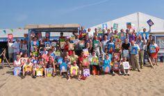 Scheveningse Strand in Den Haag, Zuid-Holland  Teams worden hechter met Creatieve Teambuilding Workshops op het Strand met ArtWall.   http://www.artwall.nu