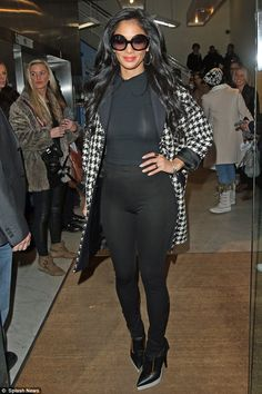 Even celebs make fashion mistakes - Nicole Scherzinger, there's a reason why you don't tuck your top into your leggings