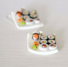 Comida de sushi en miniatura pendientes dollhouse arcilla polimérica