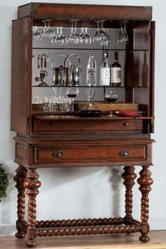 I'm so in love with this piece of furniture I cannot even find words ...