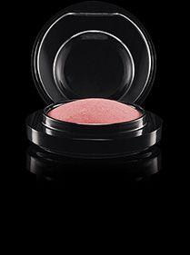 MAC Cosmetics: Mineralize Blush in Petal Power