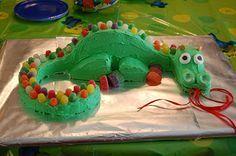 Drachenkuchen für einen Dino- oder Rittergeburtstag | Dragon birthday cake