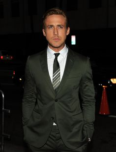 """Ryan Gosling Photos - Actor Ryan Gosling attends the Premiere of Columbia Pictures' """"The Ides Of March"""" held at the Academy of Motion Picture Arts and Sciences' Samuel Goldwyn Theatre on September 27, 2011 in Beverly Hills, California. - Red Carpet at """"The Ides Of March"""" Premiere"""