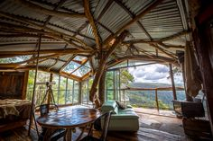 Built around a turpentine tree and fireproofed against the harsh Australian bushfire season, this treehouse hotel cabin is a magical space with profoundly stunning views. It's another masterpiece from Clifftop Cave builder Lionel Buckett.