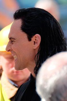 #ThorRagnarok #TomHiddleston #ChrisHemsworth #Loki #Thor https://twitter.com/AnthonyLee59/status/767610958030090241