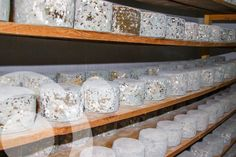 Cheese from local extensive grazing livestock. Its production contributes to maintain cultural landscapes, traditions and employment.