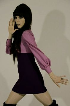 This is Emma Peel an Australian DJ (Not vintage) 60s And 70s Fashion, Mod Fashion, Fast Fashion, Fashion Models, Fashion Beauty, Vintage Fashion, Womens Fashion, Fashion Music, Sporty Fashion