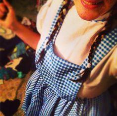 Pin for Later: Die 43 modischsten Halloween-Kostüme für Fashionistas Dorothy aus Der Zauberer von Oz