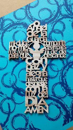 Cruz con oración con acabado vintage. Un lindo detalle para bautizó, Baby shower o.primera comunión. recuerdos de ventas aquí en Alegra Fiesta Boutique. Querétaro. Precio $55 pesos. www.alegrafiestaboutique.com