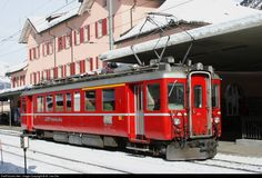Net Photo: 501 RhB - Rhätische Bahn ABe at Pontresina, Switzerland by W. Garden Railroad, Commuter Train, Swiss Railways, Speed Training, Light Rail, Electric Locomotive, Train Tracks, Photo Location, Public Transport