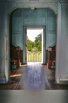 I hope the interior of my future farm house looks like this. Drayton Hall, Charleston, South Carolina, 1742