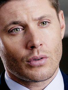 Just Jensen And Dean! Dean Winchester Supernatural, Jensen Ackles Supernatural, Supernatural Actors, Supernatural Pictures, Crowley, Winchester Brothers, Winchester Boys, Sam Dean, Tilda Swinton