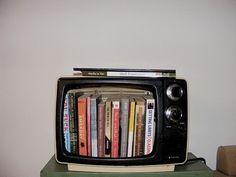 Desligue a TV e leia um livro