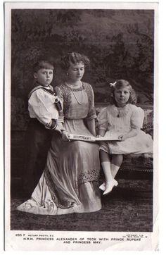 Alice and children photo AliceAlbanyandherchildren-11.jpg