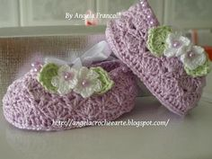 "Crochet golden shoes ""Viola""! (For children); graph, easy enough to follow."