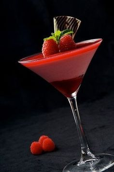 LOVE this cocktail for Valentine's Day- The Raspberry Martini! 2 oz vodka 2 oz raspberry liqueur 1 oz lemon-lime soda Crushed ice Optional Ingredients 2 to 3 fresh raspberries for garnish Granulated sugar for the rim of glasses Mix in cocktail shaker with ice. Add raspberries to garnish. #Love #ValentinesCocktails #Vodka