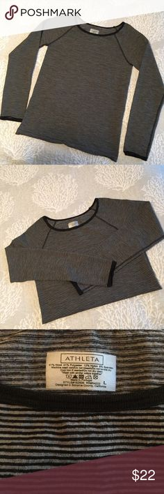 """Athleta shirt 🌹 Reposh - It was NWT when I purchased.  Took off the tags to wash and wear.  Put in on, too large.  So now it is like NWOT🤗. Approximate measurements (flat): bust: 16 1/2"""", length: 25"""". Price firm. Bundle for discount. Athleta Tops Tees - Long Sleeve"""