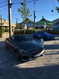 Mercedes Benz, Bmw, Social Media, Night, Twitter, Vehicles, Social Networks, Social Media Tips, Vehicle