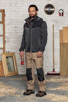 Schreiner Outfit Stretch X: authentisch in Beige aus der neuen Kollektion Stretch Xfür Schreiner & Tischler. Die Bundhose mit Knietaschen ist besonders elastisch & gestaltet alle Bewegungen im Arbeitsalltag äußerst bequem.
