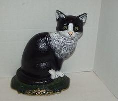 Amigurumi Black Cat Door Stopper : 1000+ images about Doorstops on Pinterest Doorstop, Door ...
