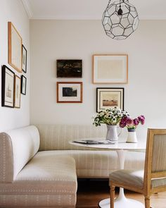 """McGrath II on Instagram: """"Sometimes lunch spot, homework station, family game nights...it all happens right here. Love to create spaces that really WORK for our…"""" Homework Station, Home Selling Tips, Cozy Nook, Banquette, Family Game Night, Dining Furniture, Dining Rooms, Create Space, House Layouts"""