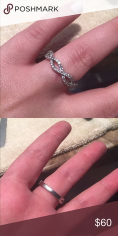 Twisted shank cz ring size 8 Twisted shank cz size 8. Not silver. Super sparkly! Looks great for a special occasion! Jewelry Rings