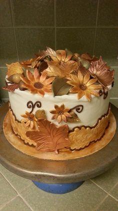 Fall themed cake.