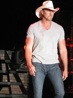 Best Country Music, Country Music Singers, Country Artists, Country Boys, Musica Country, Trace Adkins, Sexy Men, Hot Men, Good Looking Men