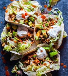 Buffalo chicken tacos - your favorite hot wing sauce is here to kick your tacos up a notch! These tacos only take 25 minutes and are a real crowd pleaser. Buffalo sauce is stupidly easy Ground Chicken Tacos, Buffalo Chicken Tacos, Bbq Chicken, Chicken Taco Recipes, Mexican Food Recipes, Healthy Recipes, Ethnic Recipes, Weeknight Recipes, Tasty Meals