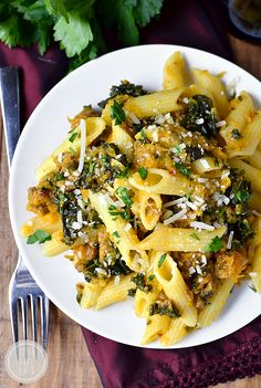Gluten-Free Penne with Kale, Butternut Squash and Sausage is a hearty, healthy 30 minute meal that satisfies! #glutenfree | iowagirleats.com