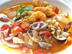 Fumet o caldo de pescado Mexican Cooking, Pasta Salad, Thai Red Curry, Potato Salad, Food And Drink, Favorite Recipes, Chicken, Meat, Ethnic Recipes