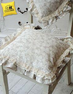 Il magnifico cuscino per la seduta della Collezione Lady Rose by Angelica Home & Country
