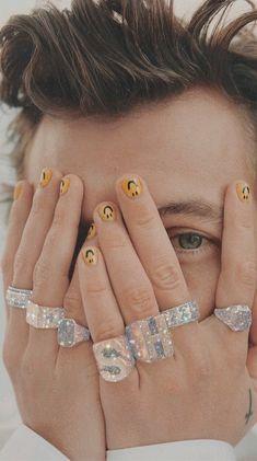 Pin on Harry Styles Merch Polaroids Nail Design Stiletto, Nail Design Glitter, Glitter Nails, Cute Acrylic Nails, Cute Nails, Pretty Nails, Minimalist Nails, Nail Swag, Mens Nails