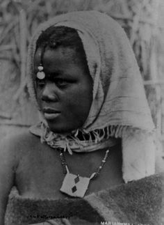 Africa | Portrait of a girl; possibly Xhosa. South Africa. 1896. | © Trappistenmission Mariannhill, photographer