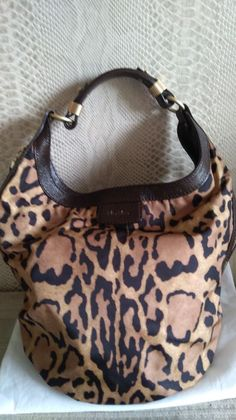 Currently at the  Catawiki auctions  Max Mara -Limited Edition-Leopard  print Shoulder 0de7d383768ef
