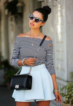 Easy Hairstyles to Try This Summer 12 quick hairstyles to try this summer quick hairstyles to try this summer Quick Hairstyles, Summer Hairstyles, Viva Luxury, Summer Outfits, Cute Outfits, Glamour, Facon, Black White Stripes, Ideias Fashion
