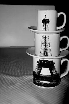Çay ve kahve içmek bizim olmazsa olmazımızdır. Tabi ki çay kupaları ve kahve kupaları da. Kimi zaman soğuk günlerde içimizi