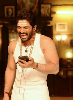 New trending allu Arjun amazing pic collection 2019 - Inofy Dj Images, Actors Images, Hair Images, Dj Movie, Movie Photo, Actor Picture, Actor Photo, Allu Arjun Hairstyle, Famous Indian Actors